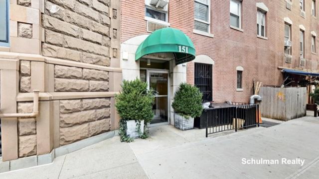 151 East 20th Street Gramercy Park New York NY 10003