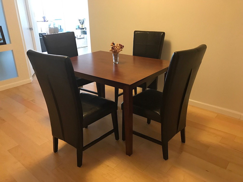 26422799249a dining