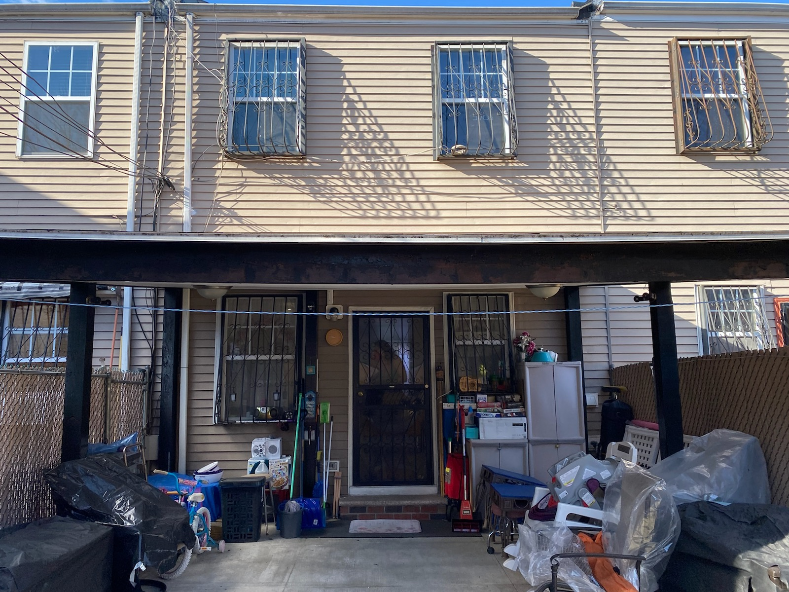 Apartment for sale at 475 Sheffield Avenue, Apt 1FAMILY