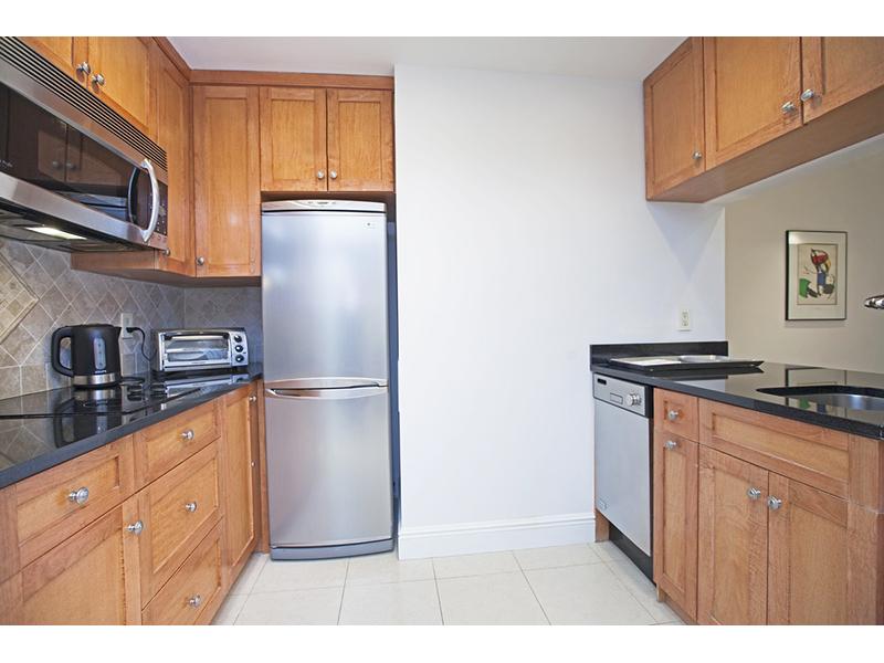 2922927055 east 56th street 111 901 kitchen websized