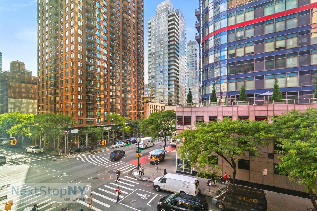 245 East 54th Street Turtle Bay New York NY 10022
