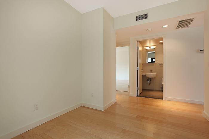 20 Tiffany Place Interior Photo